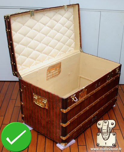Example of a perfect restoration of a Vuitton trunk