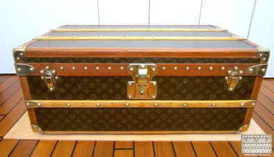 New generation of Louis VUITTON Malle locks cabine canvas