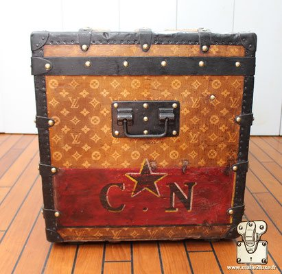for sale trunk vuitton CN