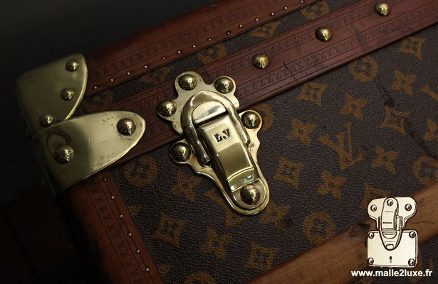 fermoir malle de luxe Louis Vuitton