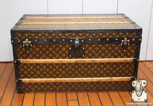 louis vuitton mail trunk