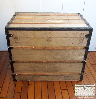 old collection trunk Louis Vuitton