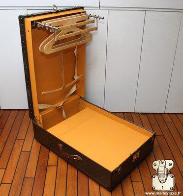 Malle wardrobe valise louis vuitton ouverte 1934