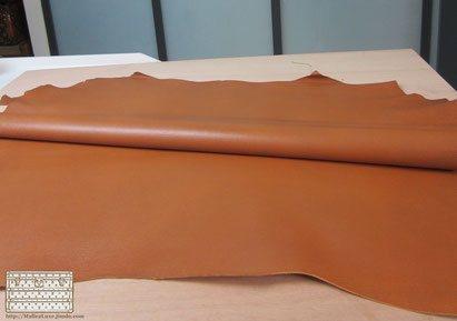 restauration d 39 un vanity cuir pi louis vuitton malle louis vuitton. Black Bedroom Furniture Sets. Home Design Ideas