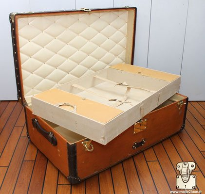 trunk cabine vuitton