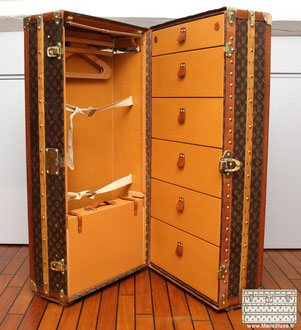 luxury wardrobe trunk