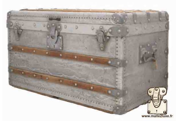 louis vuitton trunk in aluminum world record most expensive price love it.