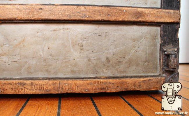 bois gravé scribe vuitton trunk