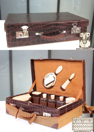 Medium crocodile suitcase, toiletries