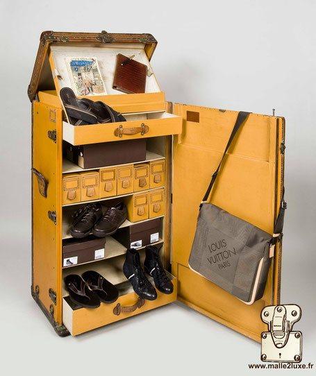 Malle vuittonite jaune Louis Vuitton ancienne 30 paires