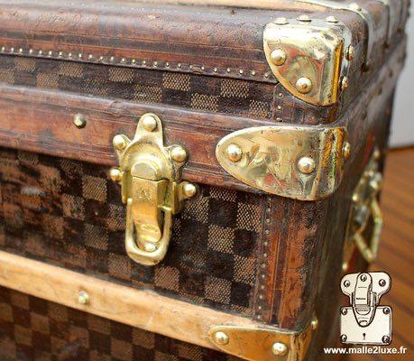 malle courrier Louis Vuitton laiton et cuir