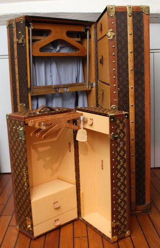 wardrobe Louis Vuitton ancienne malle