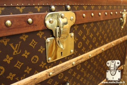 malle courrier Louis Vuitton serrure laiton
