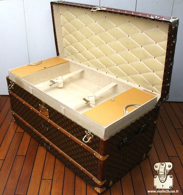 interieur superbe malle Louis Vuitton trunk