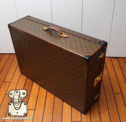 Malle valise pochoir louis vuitton mark 5