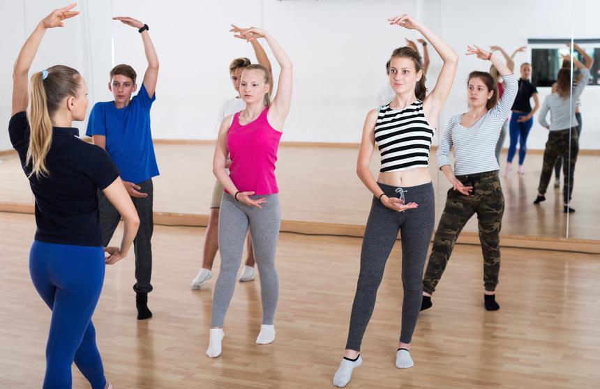 Tanzunterricht für Kinder und Jugendlichen