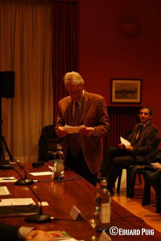 Ponent: Sr. Medina, membre de la Junta AVP