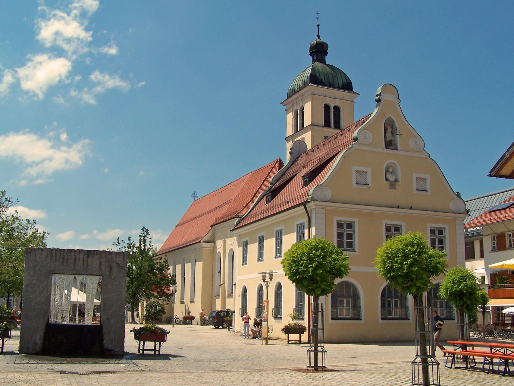 Marktplatz    (c) Touristikbüro Marktoberdorf