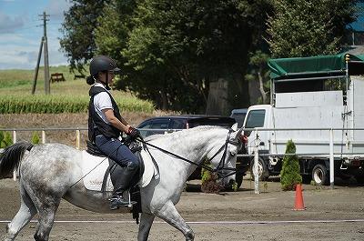 人も馬もフォーム完璧