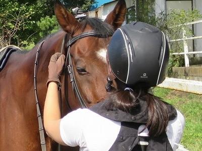 馬に信頼されることをする
