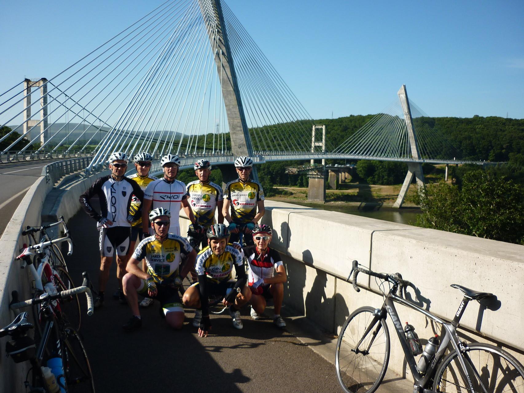 Sur le Pont de Terenez