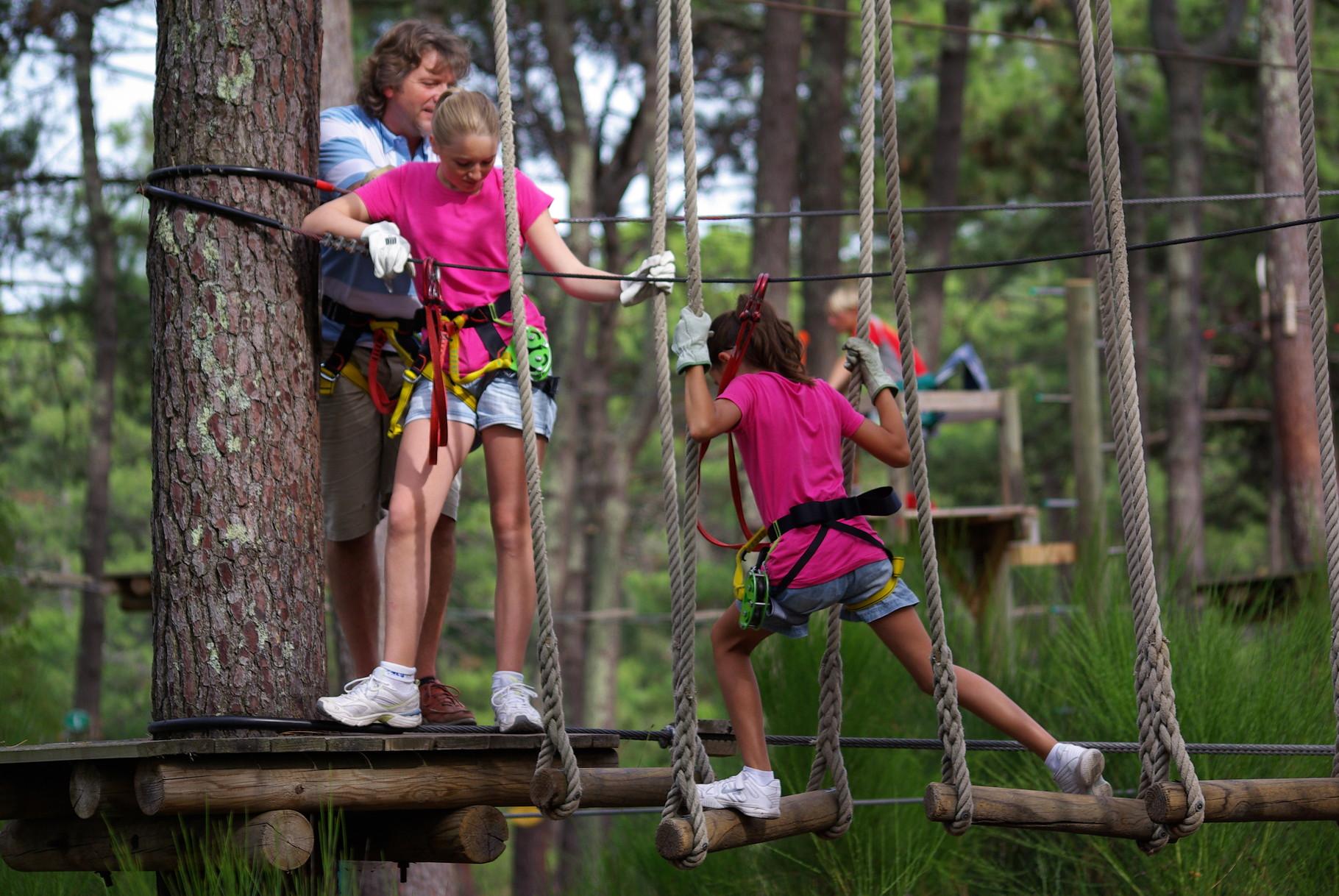 Découvrez les activités eau et bois et les sentiers de randonnées