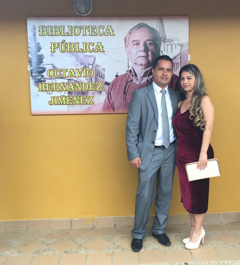 Señor Alcalde Norbey Ospina Castaño y su señora Esposa