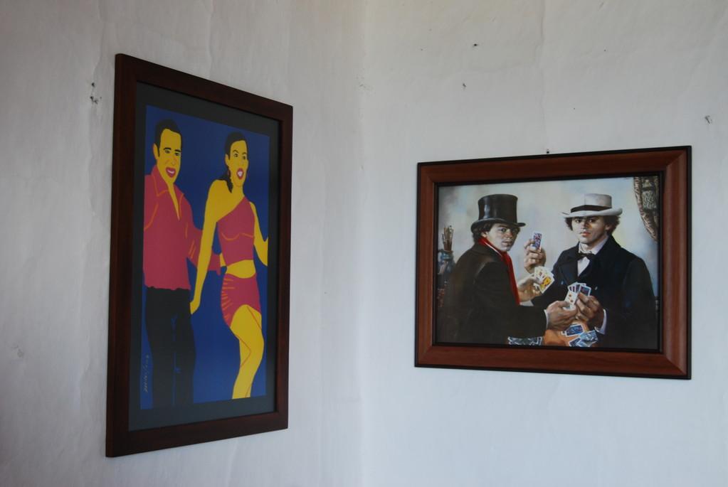 Grabados de Maripaz Jaramillo (Mzles) y Enrique Grau (Cartagena)