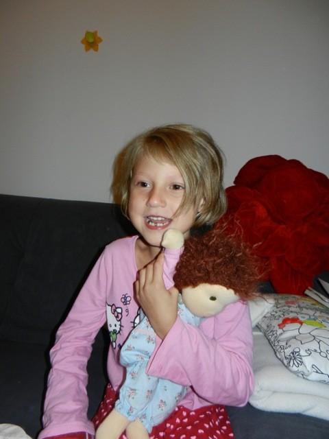 mit meiner Puppe Lea (ein tolles Geschenk von eine lieben Bekannten von Mama)