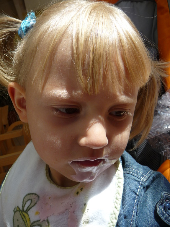 hab selber ein paar Löffel Joghurt probiert