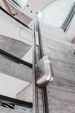 Aufzugtechnik als Spiegel des gesellschaftlichen Wandels