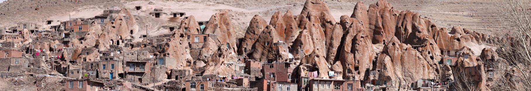 Hauptattraktion um Tabriz ist das 50 km entfernte Bergdorf Kandovan
