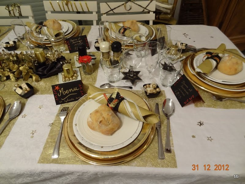 Reveillon or et noir m 39 la d co de table - Deco de table nouvel an ...