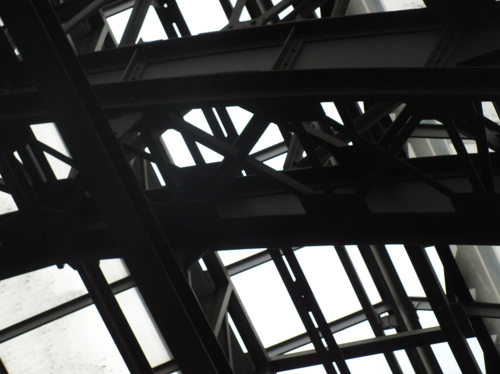 Dachkonstruktion der Halle