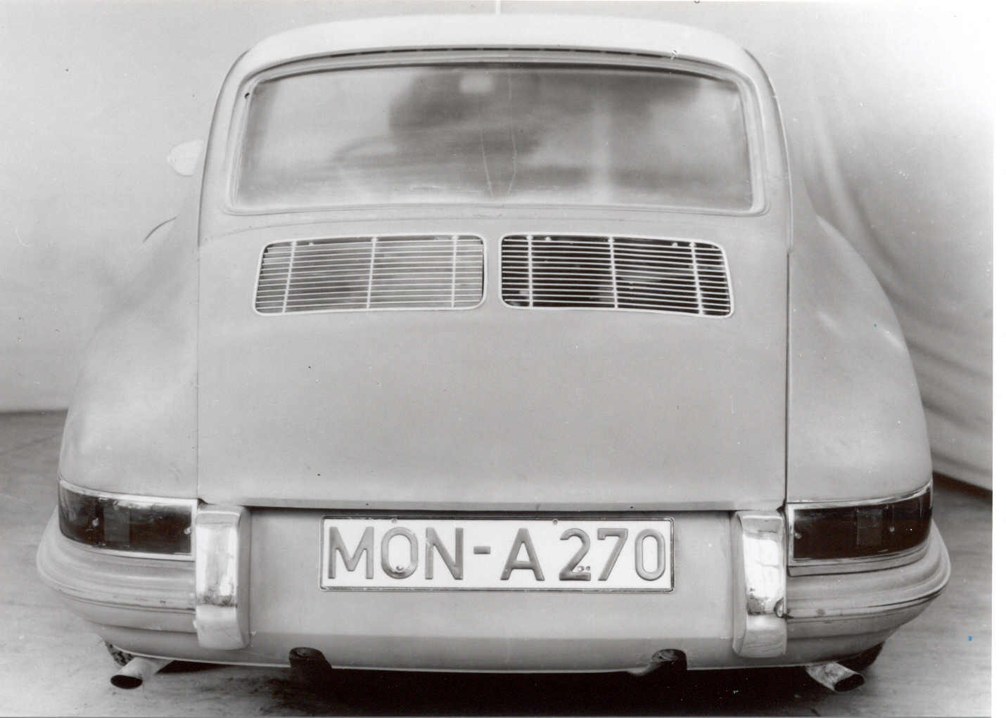 1959: T7 design of the rear air grille / T7 Entwurf der hinteren Luftgitter