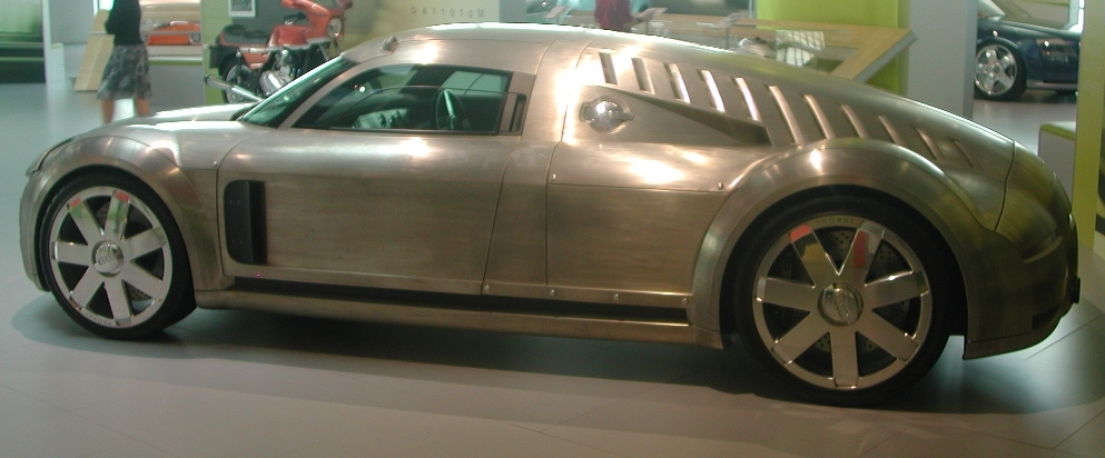 Audi Rosemeyer Konzept CAR: Quelle: Wikipedia:https://en.wikipedia.org/wiki/Audi_Rosemeyer#/media/File:Audi_Rosemeyer_3.jpg