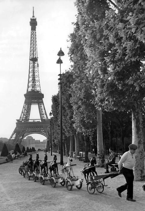 La cavalleria del Champ-de-Mars, Parigi 1969
