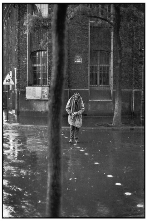 FRANCE. Paris. 14th arrondissement. Rue d'Alésia. Swiss painter and sculptor, Alberto GIACOMETTI. 1961