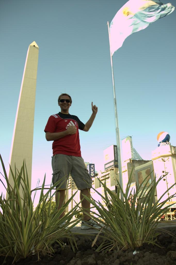 Der SVF auf Messis Spuren - vorm Obelisco in Buenos Aires