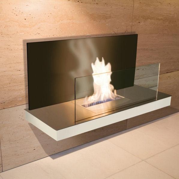 Wall Flame 2 Edelstahl, weißem Gehäuse mit schwarzer Glasrückwand 540e