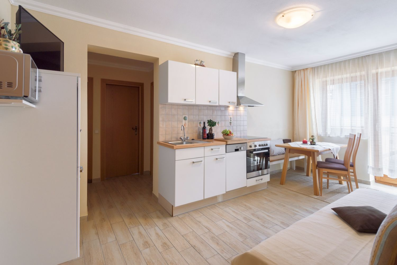Wohnbereich / Küche Typ A - Vergissmeinnicht Flachau