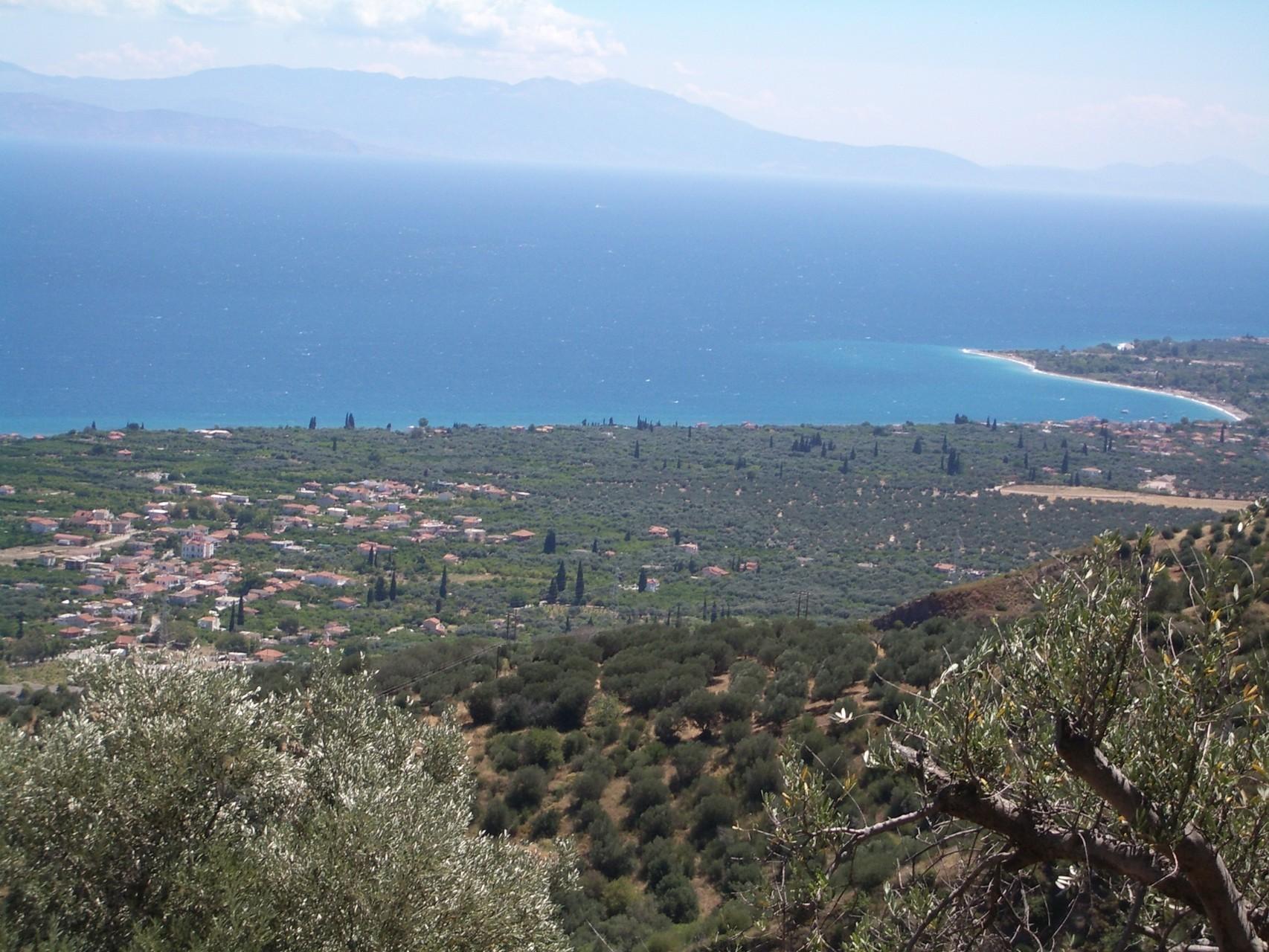 Blick auf den Strand von Eleonos (7 km entfernt)