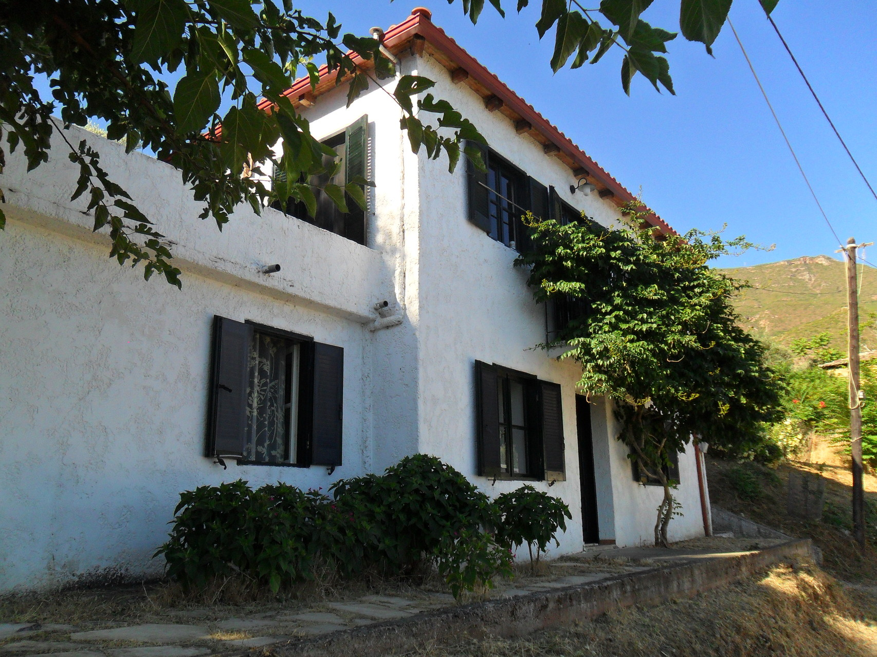 Unser Ferienhaus Kerinia mit Terrasse