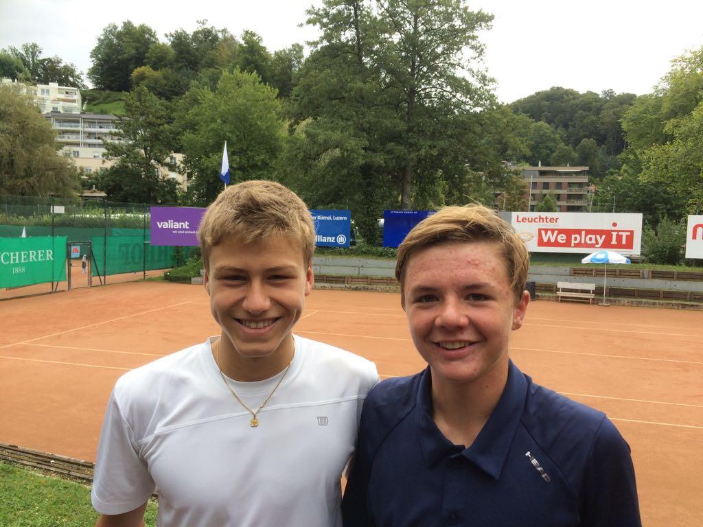 Mit seinem Trainingskollege Malgiaritta Maurus. Werden in Dornbirn zusammen Doppel spielen.