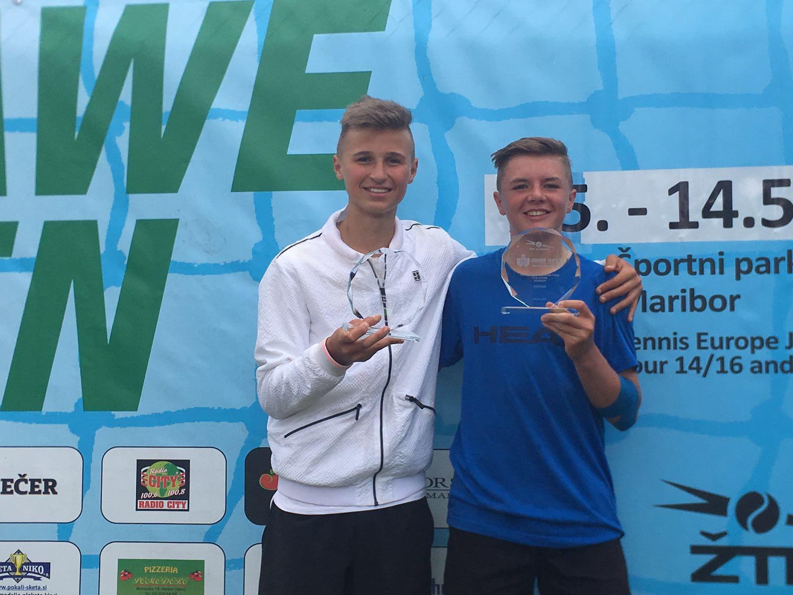Sieger Maribor MD U16 mit Leandro Riedi