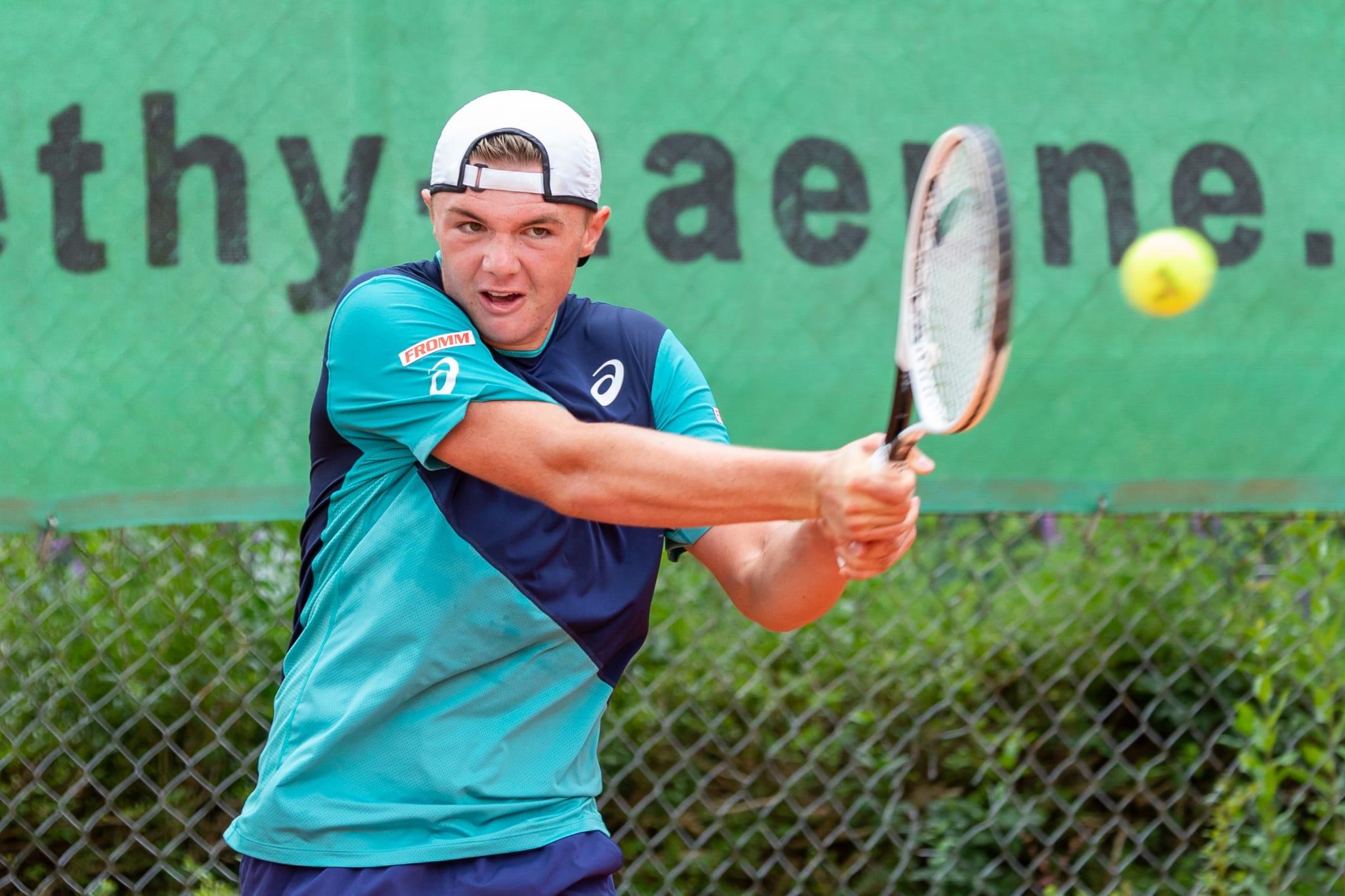 Fotos von Fabio Baranzini (Fotoanfragen via www.baranzini.ch), Sporting Derendingen Tom Simmen. Fotos dürfen nicht weiter verwendet werden.