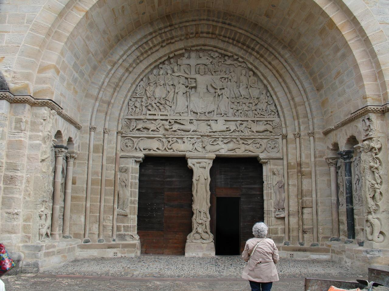 Beaulieu-sur-Dordogne : portail Sud 12e siècle
