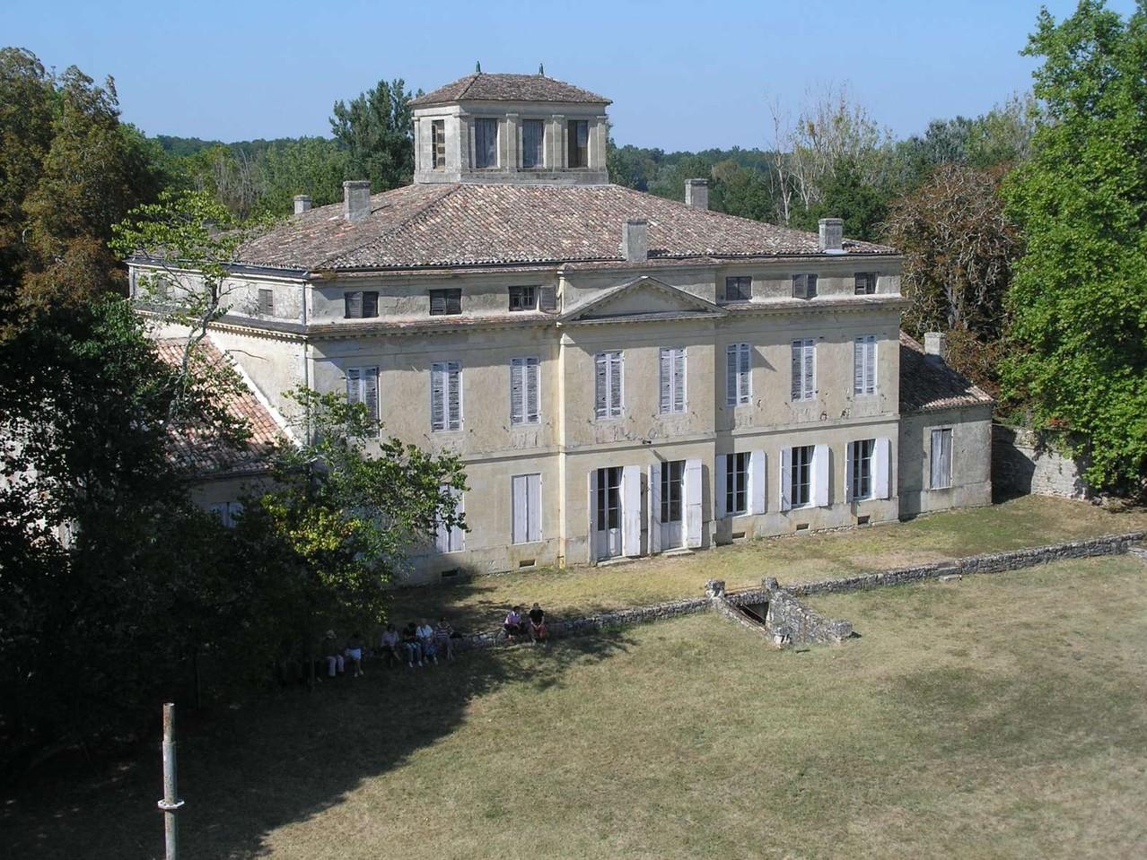 Castrum de Pommiers: maison bourgeoise de style médocain