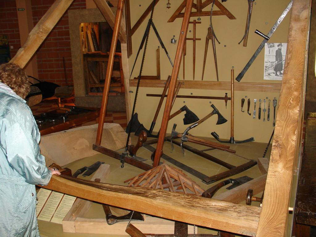 Les forges de Pyrène : outils du charpentier