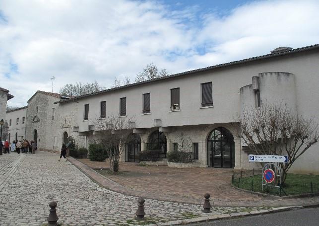 Casteljaloux: cloître et chapelle des Cordeliers